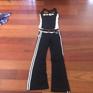 Black and white Bebe sport work out outfit